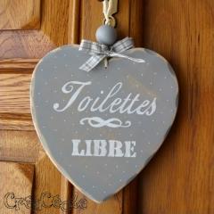 """Coeur en bois """"Toilettes"""""""