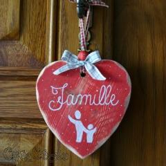 """Coeur en bois """"famille"""""""