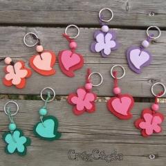 Porte-clés coeurs et fleurs